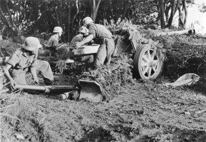 A-German-7.5-cm-PaK-40-anti-tank-gun-near-Salerno